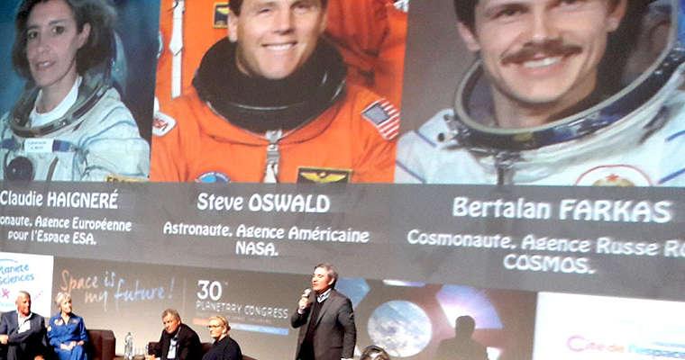L'espace est mon futur: des astronautes à Ris-Orangis