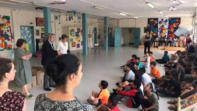 La Ville de Ris-Orangis offre des dictionnaires à tous les élèves de CM2