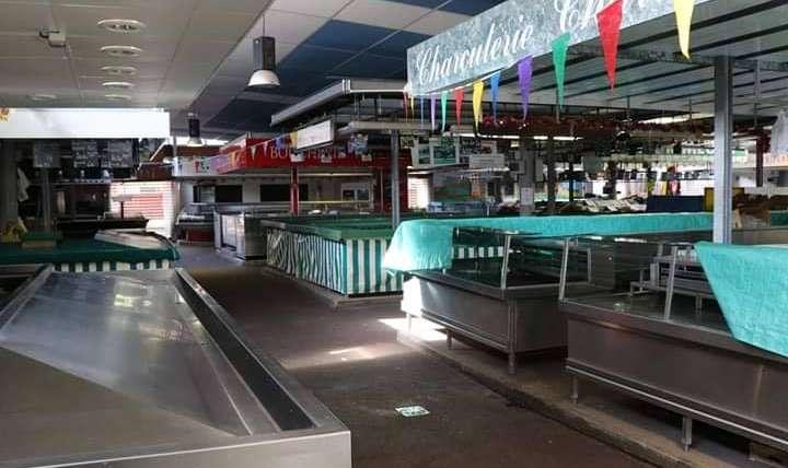Réouverture de la halle de marché de Ris-Orangis rénovée