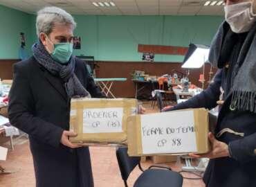 Ris-Orangis : Réassort de masques dans nos écoles